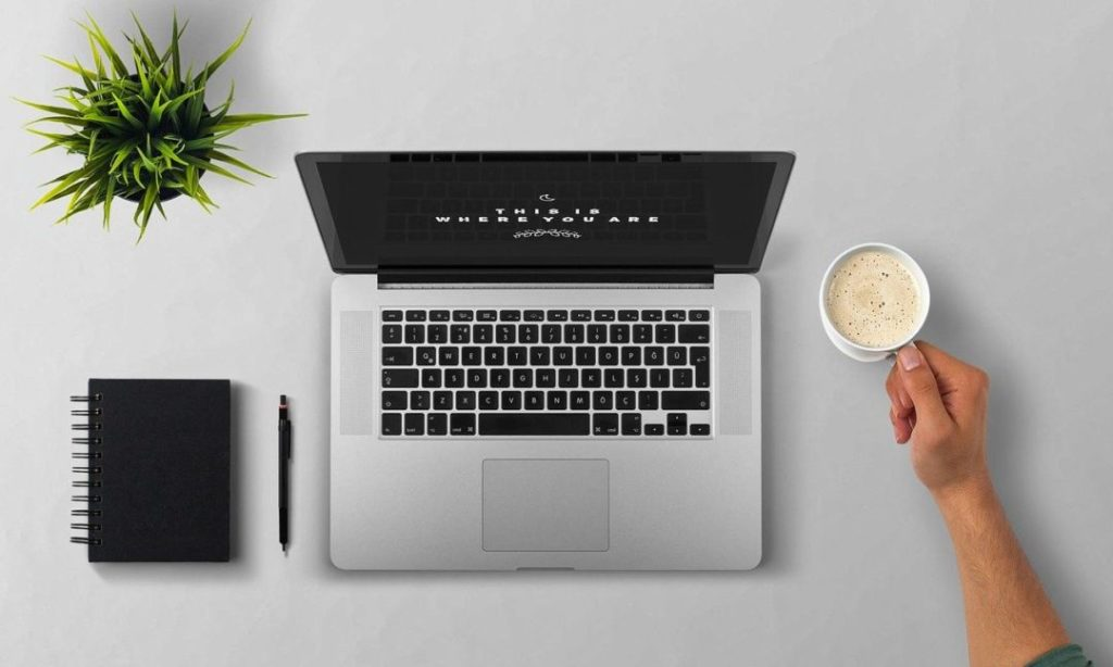 Start an online business with a laptop